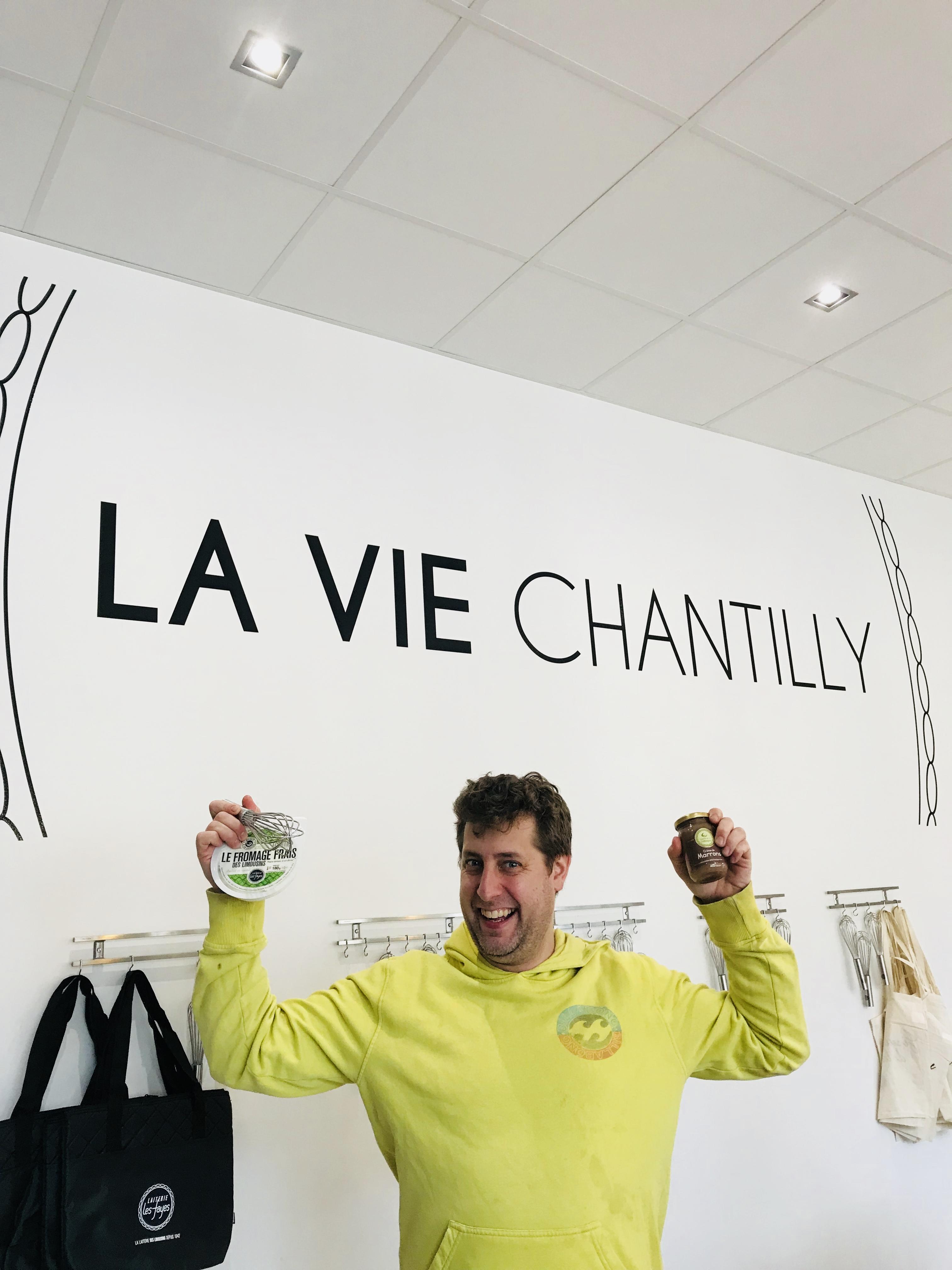 Beoît levalade chef de Chez René Limoges, en atelier culinaire à La Vie Chantilly Isle